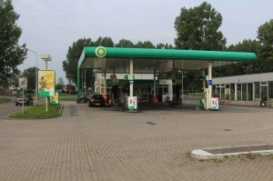 Overval op tankstation Molenweg - JL_9489