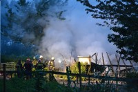 Tuinhuisje uitgebrand op volkstuin Kruidenwijk - JvdL_1317