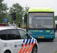 Scooterrijdster-lichtgewond-na-aanrijding-met-bus-JvdL_0502