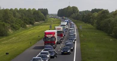 Spookrijder op de A6 tussen Almere en Lelystad