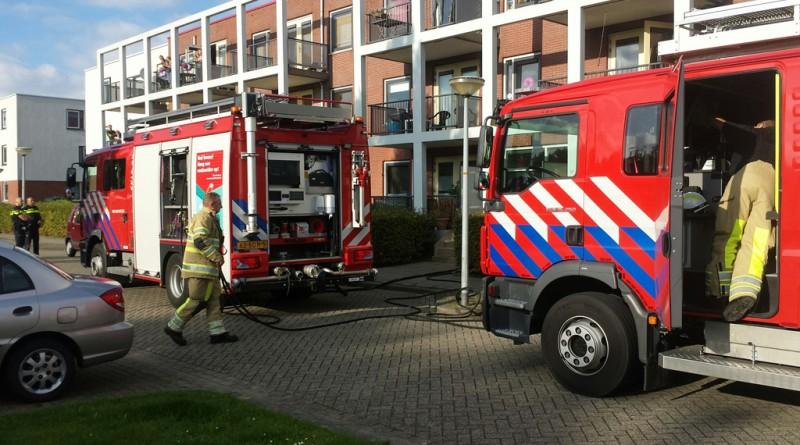 Gordijn vat vlam in woning Danswijk 1