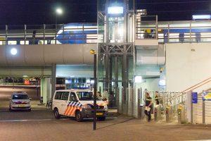 Conductrice mishandeld door zwartrijder bij Almere Poort-1