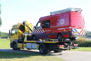 duikwagen-brandweer-belandt-in-water-tijdens-duikoefening