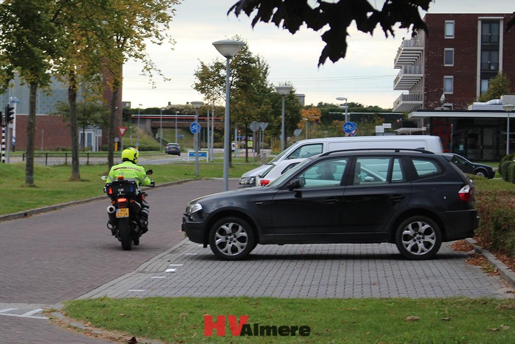 Politie zoekt horror clown hv almere for Clown almere