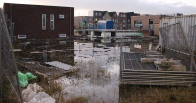 Waterlek zet woningen blank in Poort