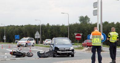 Ongeval tussen auto en motor op Tussenring