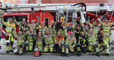 23 Flevolandse brandweerlieden namen deel aan WTC Trappenloop